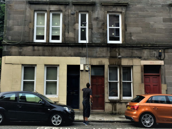 Window cleaning in Bonnington, Edinburgh