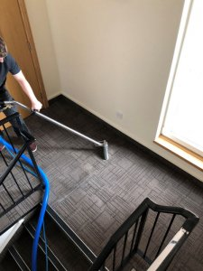 Commercial carpet cleaning in Livingston