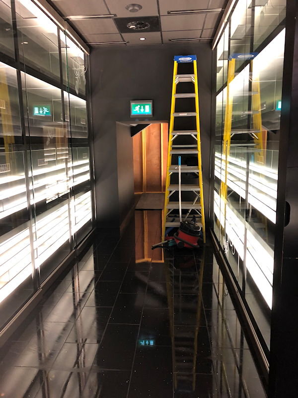 Commercial and construction cleaning