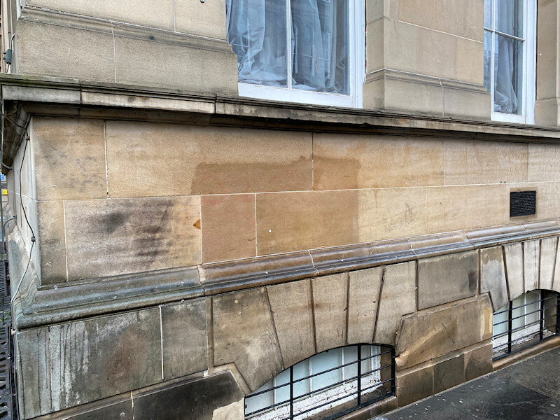 Graffiti removal Edinburgh city centre